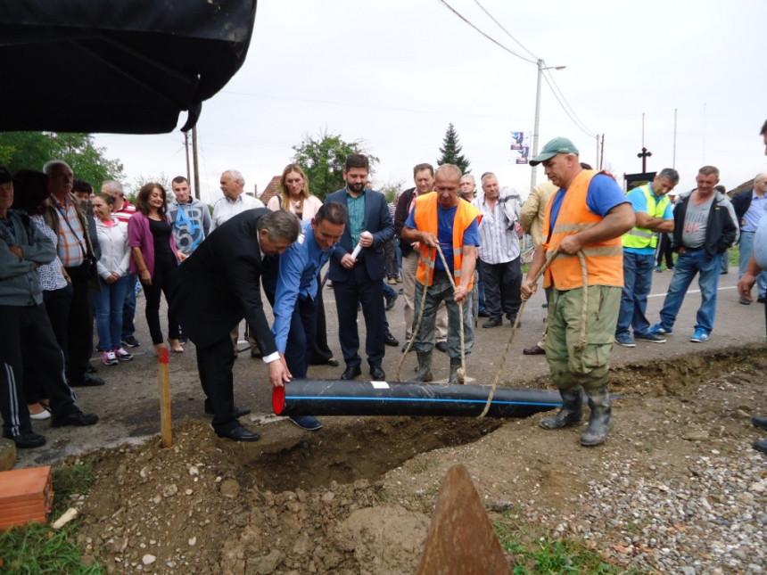 Бијељина: Стиже питка вода у Модран