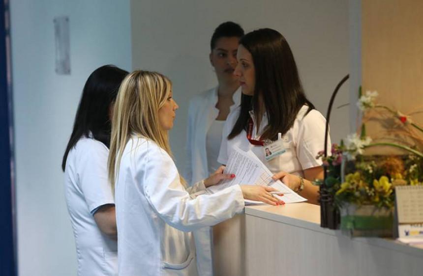 Веће плате траже и медицинске сестре и техничари