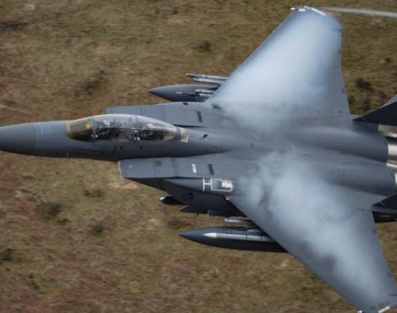 Срушио се војни авион Ф-16 на француски град
