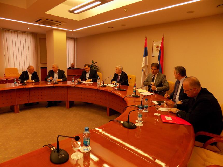 Prijedlog na stolu: Zajednički sporazum