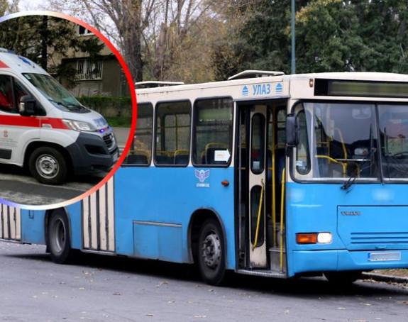 Pokušao se dva puta baciti pod autobus u NS