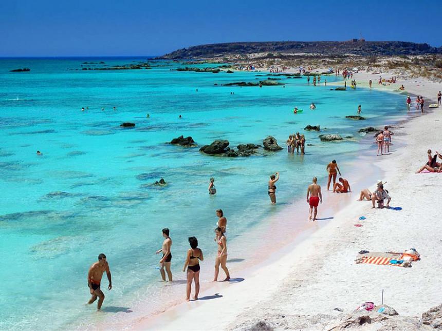 Grčka plaža je u top 5 najboljih za porodice sa djecom