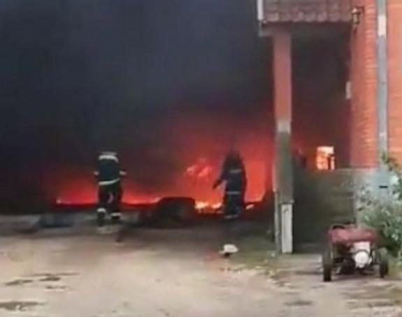 Izbio veliki požar kod Pančeva