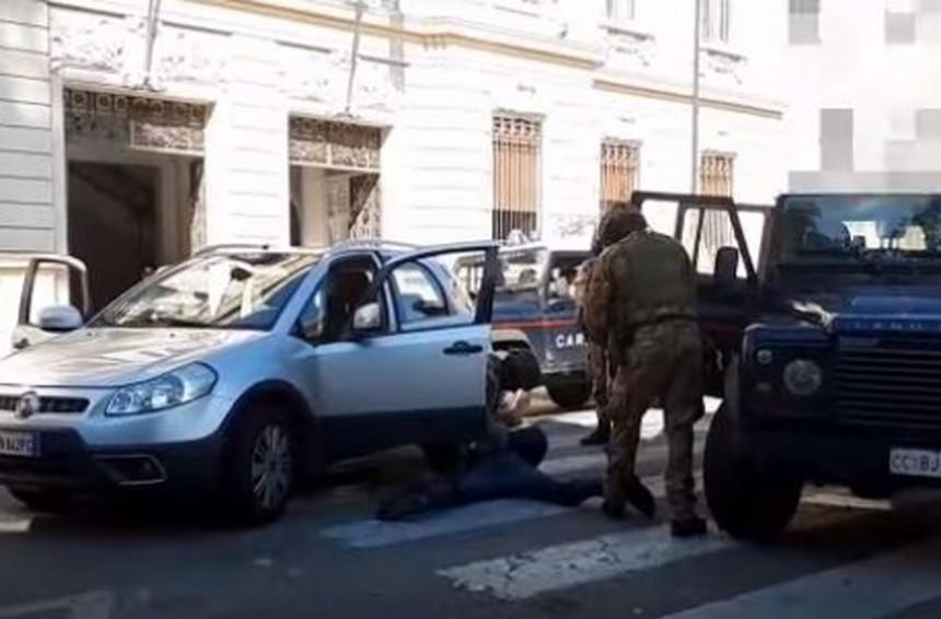Mafija na udaru policije, 300 ljudi uhapšeno