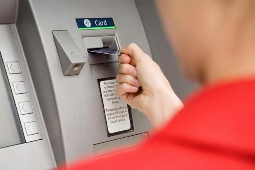 Banke primorane da isključuju bankomate noću