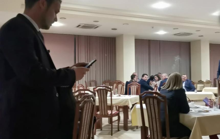 Драшко објавио снимак како му Додик псује мајку