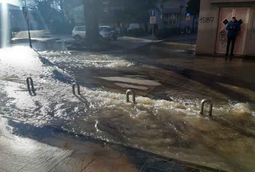БЛ: Пукла цијев, дио центра града без воде