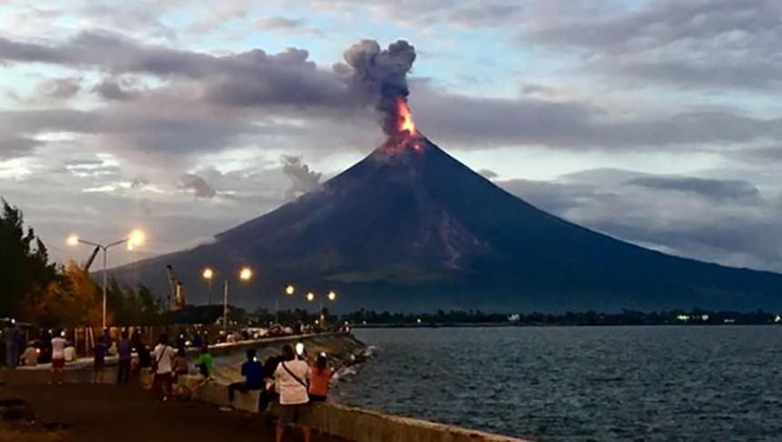 Broje se žrtve od erupcije vulkana na Filipinima