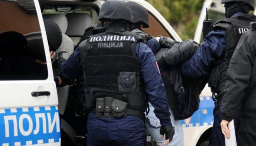 Akcija MUP-a: Pala kriminalna grupa narkodilera