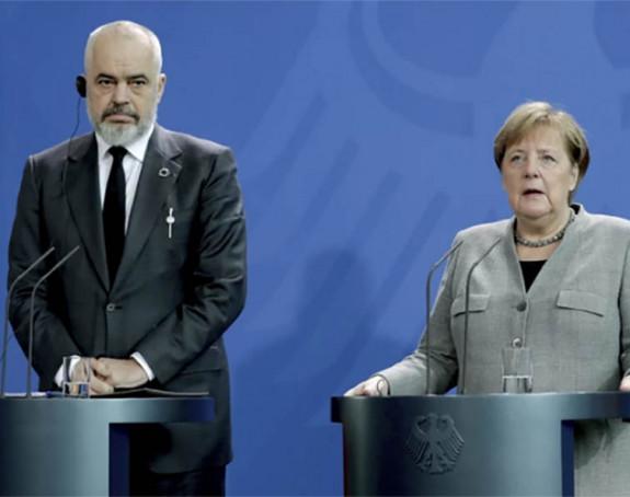 "Rama: Merkelova podržava ""mini Šengen"""