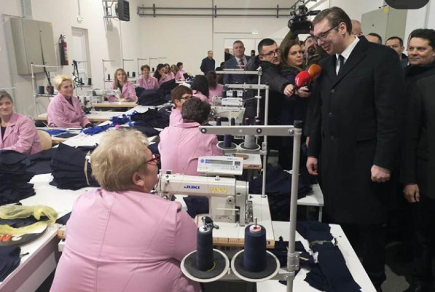 Vučić: Otvorili smo malu fabriku, Srbija će i dalje pomagati