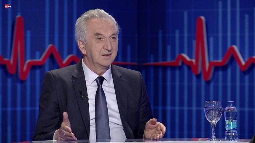 """Šarović: """"Ne vjeruj Dodiku ni kad ti darove daje"""""""
