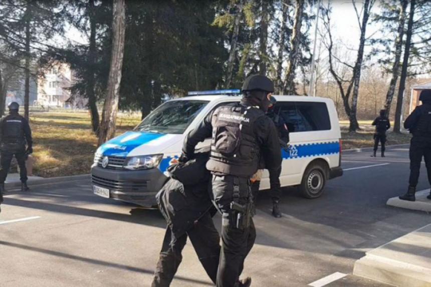 """Predložen pritvor za pet uhapšenih u akciji """"Kavez"""""""