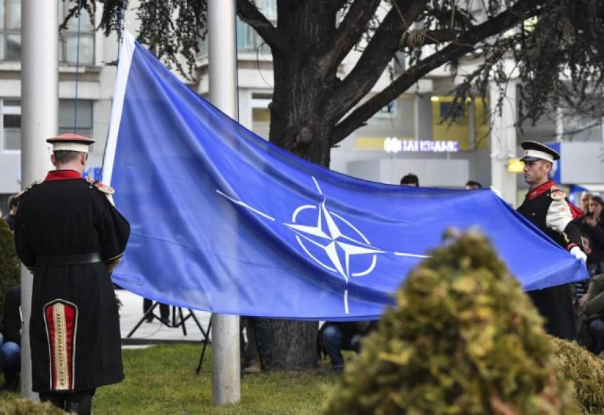 S.Makedonija požurila u NATO savez