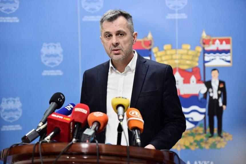 Radončić od Banjaluke tražio novac za migrante