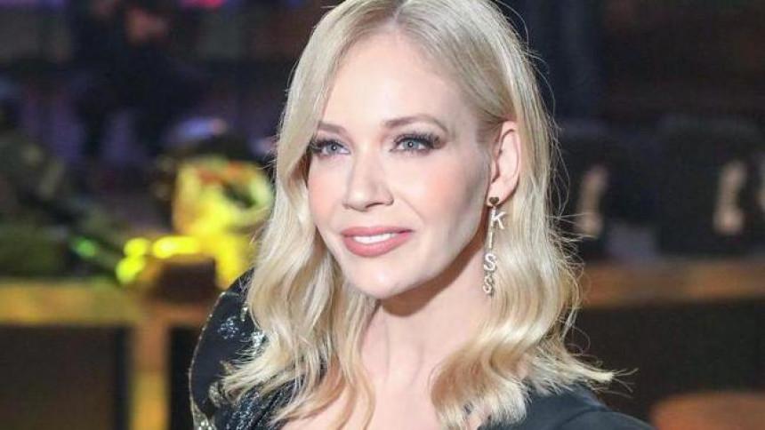 Jelena Rozga priznala: Želim da se ostvarim kao majka!