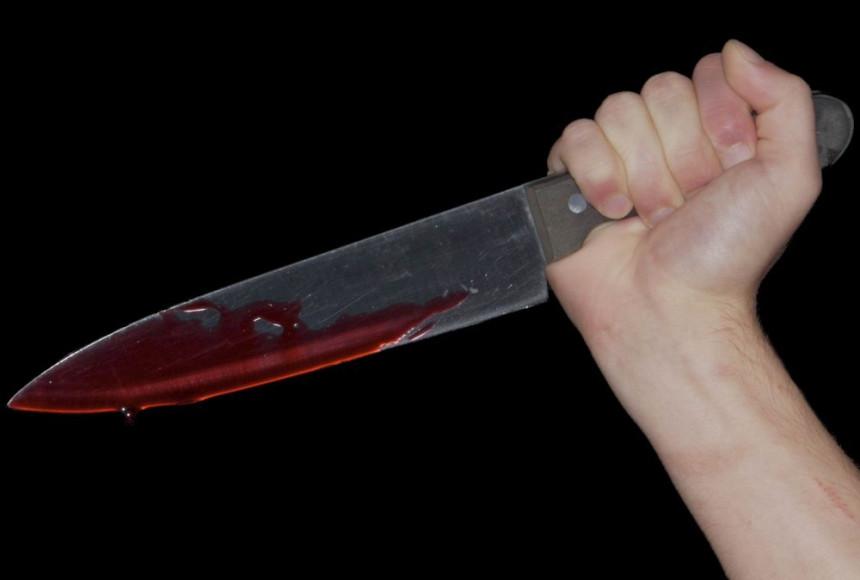 U kafanskoj tuči nožem izbodeno jedno lice