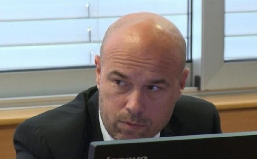 Šef pravosuđa Milan Tegeltija želi da kontroliše i izbore?!
