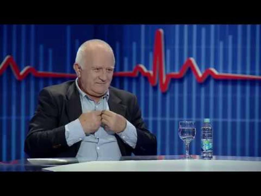 """""""Dodikova politika je prošlost, godinama priča o referendumu"""""""