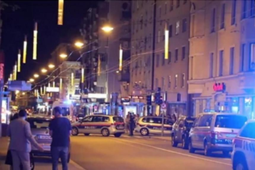 Velika tuča u Beču tokom večere jedne srpske porodice