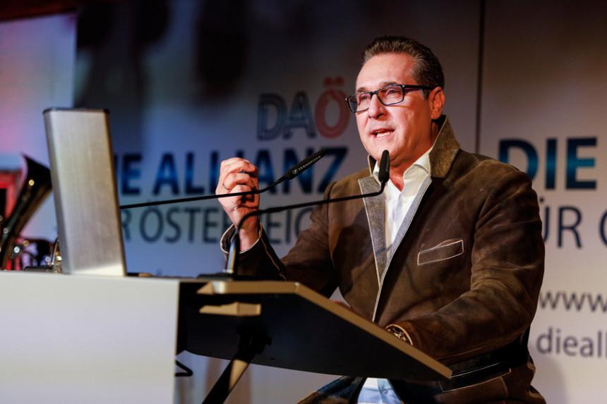 Štrahe se vraća u politiku, izlazi na izbore u Beču
