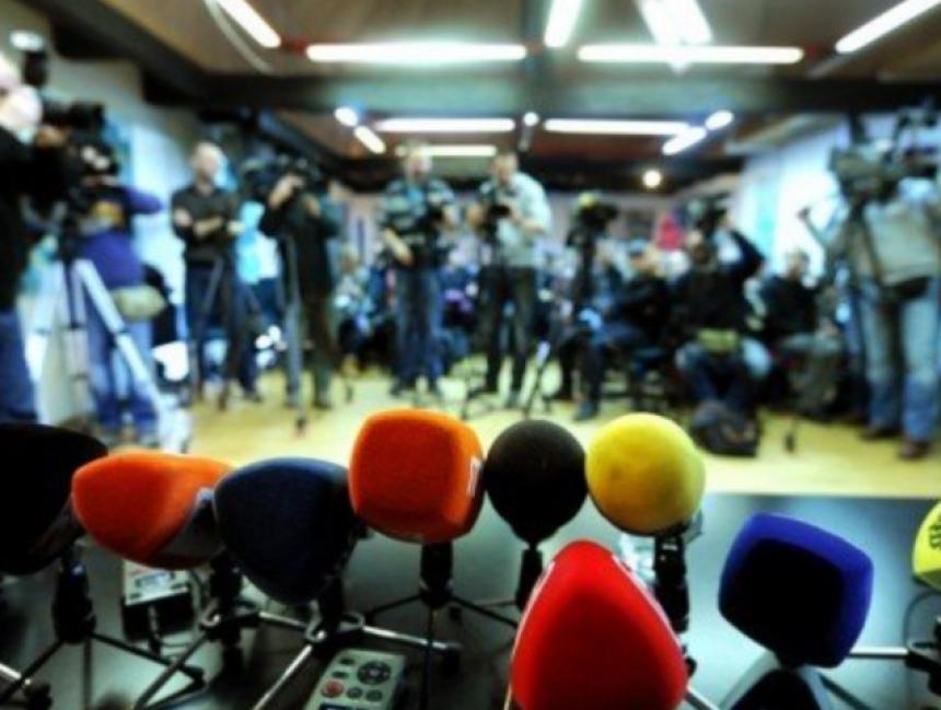 Alarm: Ne prestaju napadi na novinare