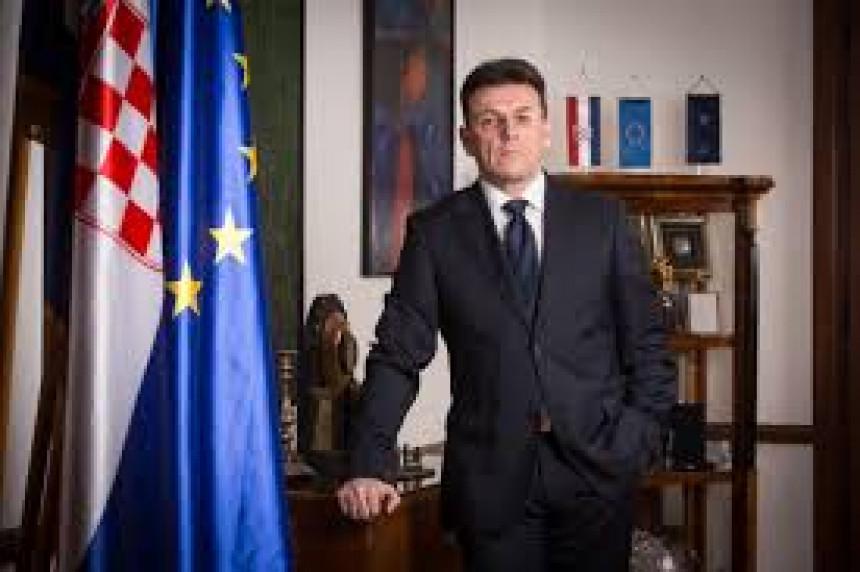 Šef Privredne komore Hrvatske sa sumnjivom diplomom iz Banjaluke