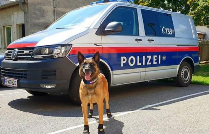 Austrija šalje policajce i pse na granicu