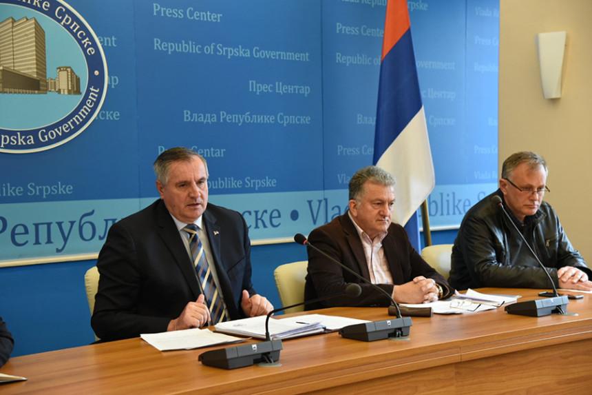 Višković: Apel poslodavcima, ne otpuštajte radnike