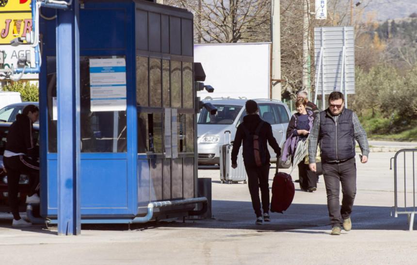 Mnogi državljani BiH, ostali bez posla, a ne mogu nazad kući