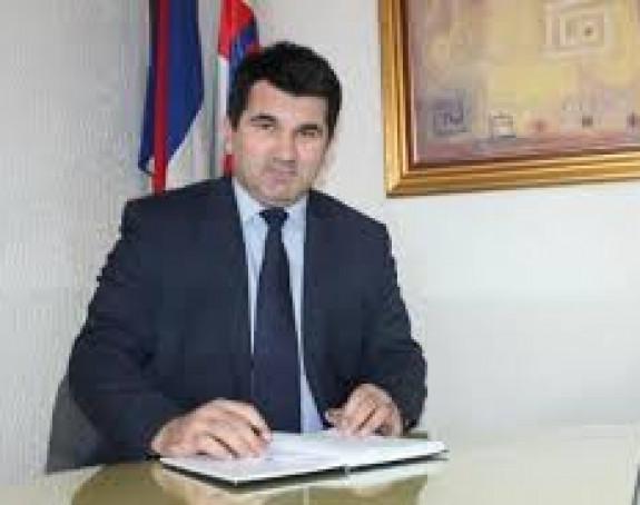 Smanjio svoju platu dok traje vanredno stanje u Srpskoj
