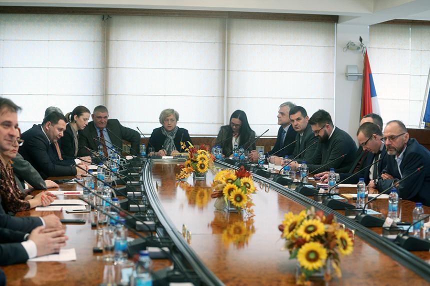 """""""Vanredno stanje"""" čeka potvrdu Vijeća naroda RS"""