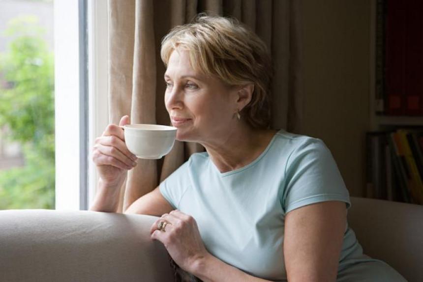 Topli napitak koji ublažava simptome prehlade i viroze