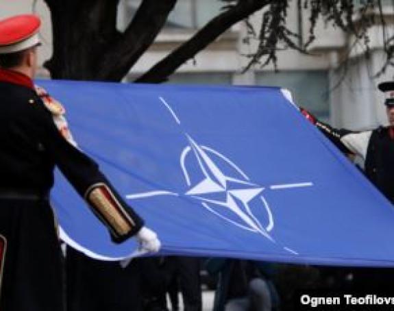 U NATO u Briselu od danas zastava S. Makedonije