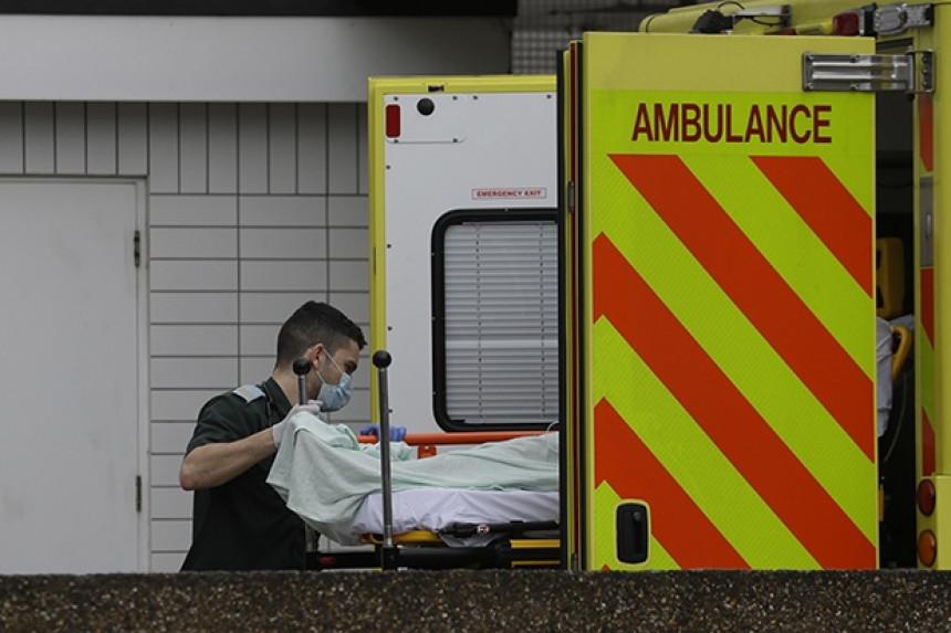 Velika Britanija: Za 24 časa umrlo 563 osoba