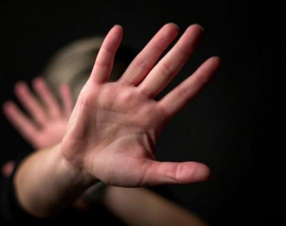 Bivša ministarka prijavila supruga zbog nasilja u kući