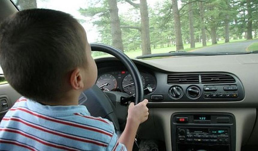 Petogodišnji dečak volio kola, krenuo da kupi Lambordžini!