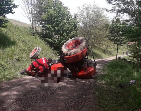 Laktaši: Poginuo u prevrtanju traktora u Drgovićima