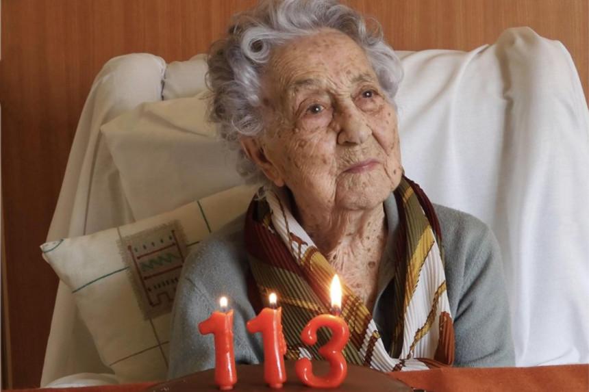 Pobedila koronavirus u 113. godini!