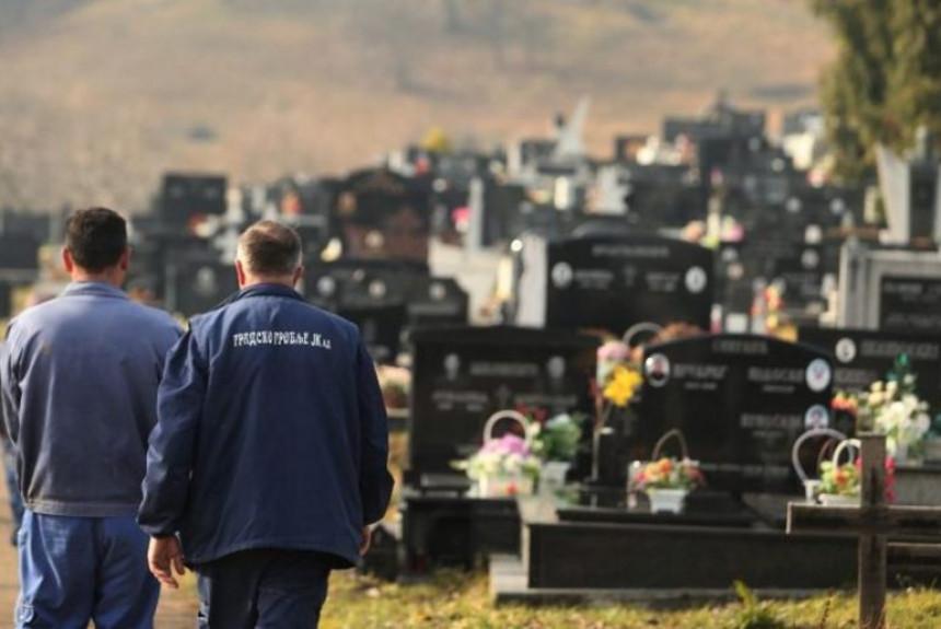 BL: Od korone profitira Gradsko groblje