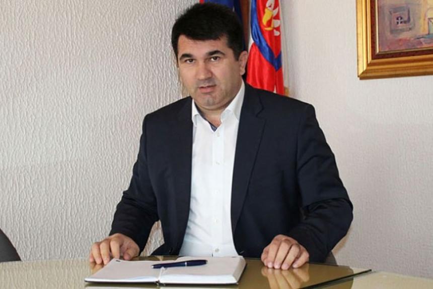 """""""Mićića i njegovu grupu rukovode lični interesi"""""""