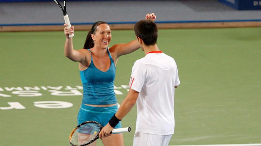 Novak otkrio: Jelena Janković se vraća tenisu