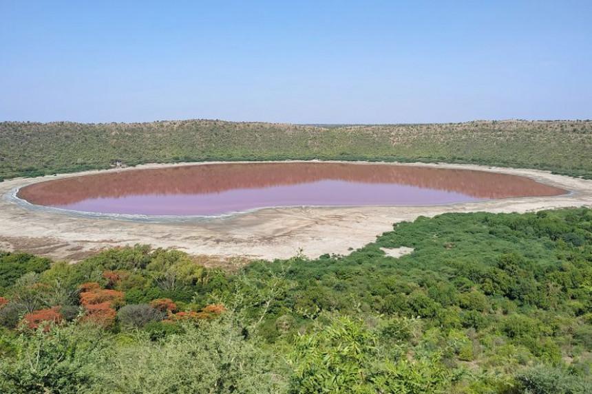Jezero staro više od 50.000 godina postalo roze, ni naučnici ne znaju zašto!?