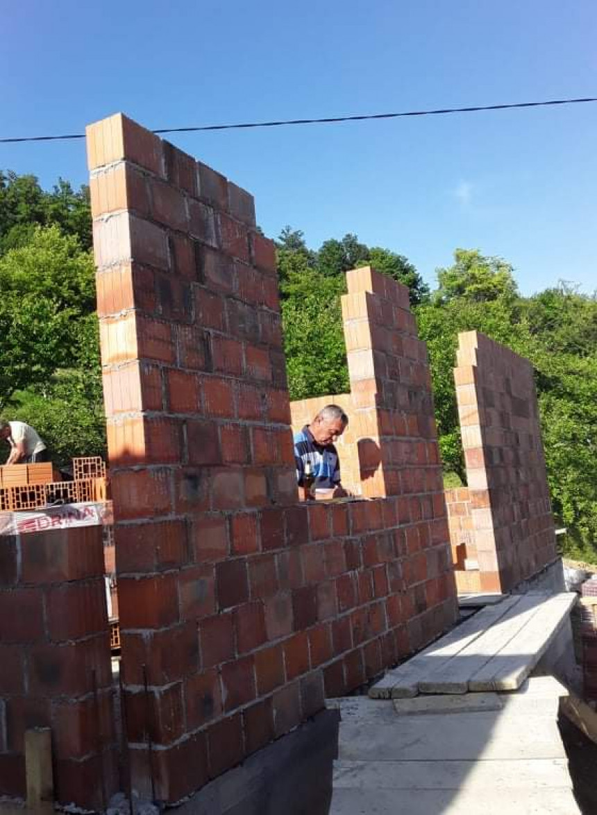 Izgradnja nove kuće za Mediće u Milinom Selu