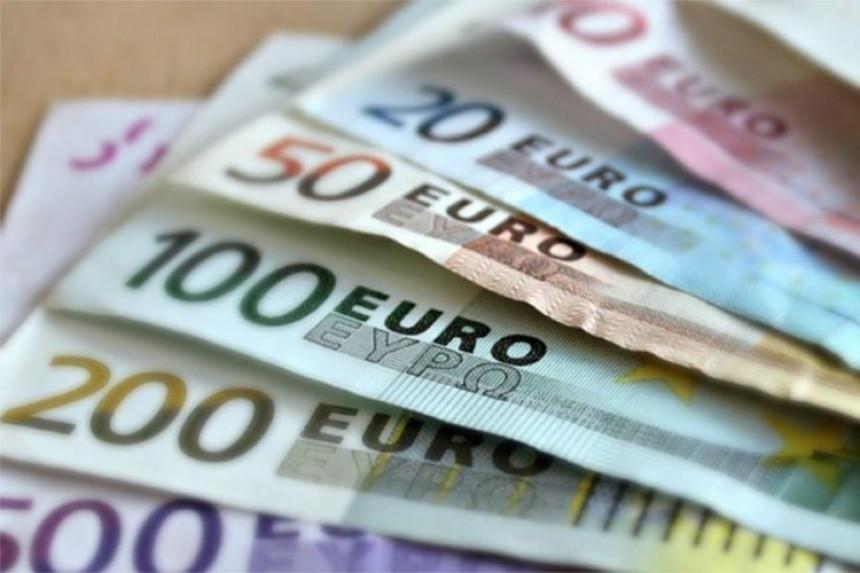 Uhapšeni zbog pranja više od tri miliona evra