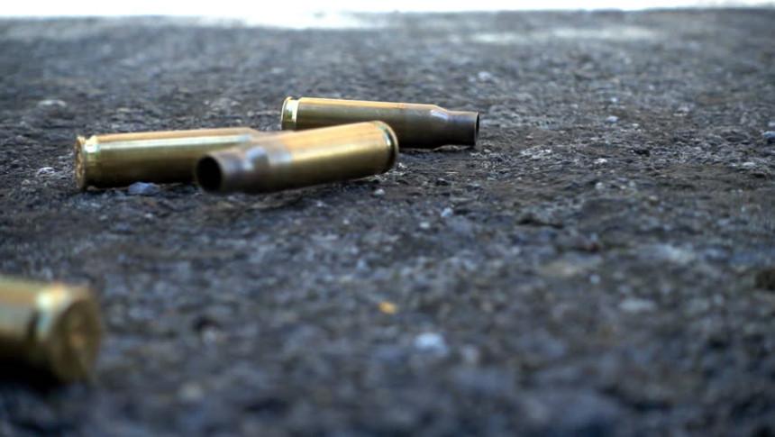 Brčko: Pucano iz automatske puške iz vozila u pokretu