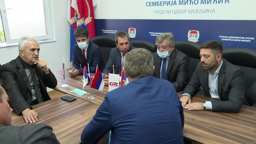 Zajedno smo jači: Mićo Mićić okuplja preletače u Srpskoj