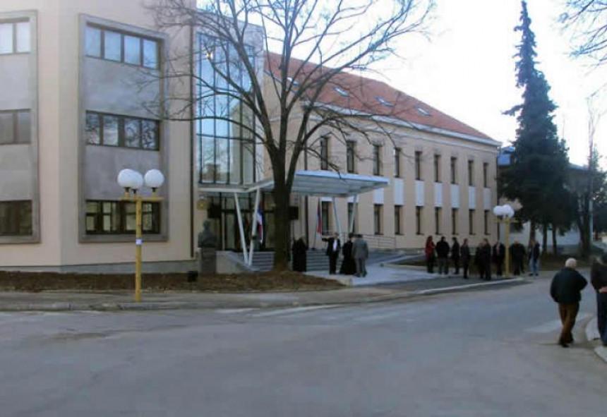 Isključena struja u zgradi opštine Bileća, zbog duga
