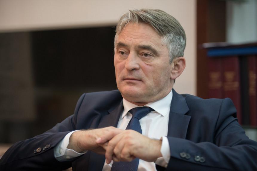 """""""SNSD više ne može štampati glasačke listiće, a mrtvi za HDZ više neće moći glasati"""""""