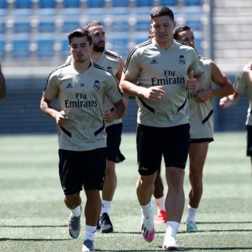 Јовић се враћа у ритам, прелијеп гол на тренингу